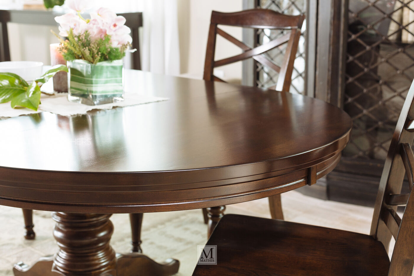 Ashley Porter Round Table | Mathis Brothers Furniture