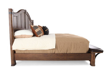 Pulaski Heartland Falls Queen Bed