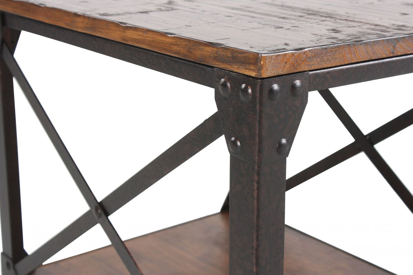 magnussen home pinebrook end table | mathis brothers furniture