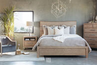 Samuel Lawrence Highland Park Light Brown Queen Panel Bed