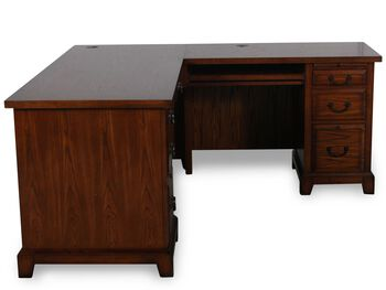 Winners Only Zahara Oak Return Desk