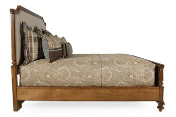 Stanley Arrondissement Palais Upholstered Bed