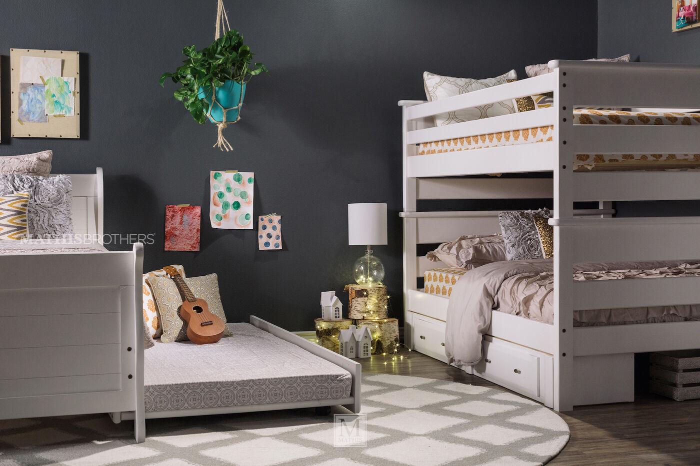 Trendwood Laguna White Full Over Full Bunk Bed Mathis