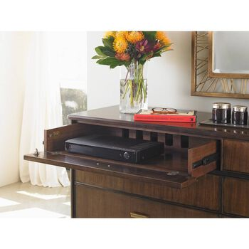 Stanley Crestaire Porter Southridge Dresser