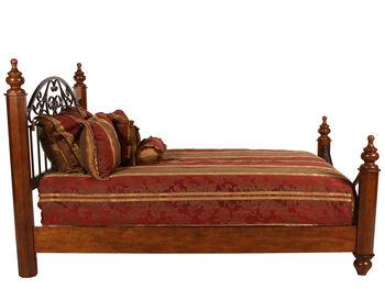 Ashley Wyatt Queen Bed