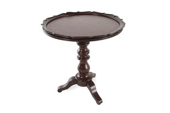 Hooker Leesburg Round Accent Table