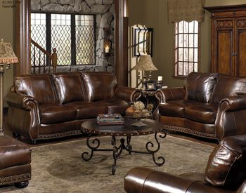 USA Leather Cowboy Sofa