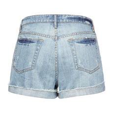 FRAYED HEM DENIM SHORT
