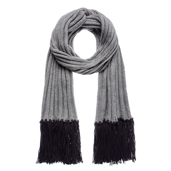 Feature Tassel Scarf