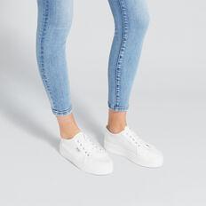 Billie Sneaker
