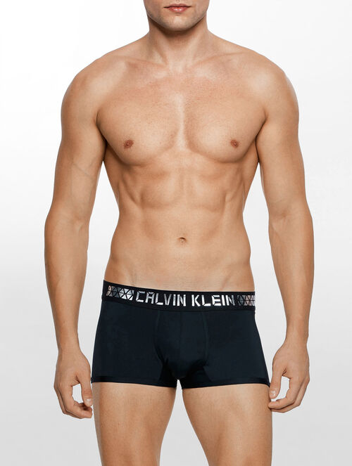 CALVIN KLEIN FRAGMENT LOGO LOW RISE TRUNK