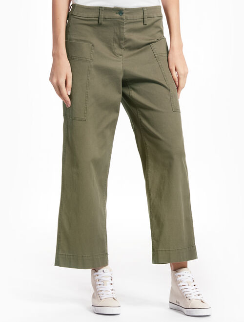 CALVIN KLEIN CROPPED CARGO JEANS WITH FLARED LEGS