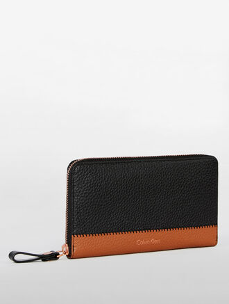 CALVIN KLEIN SOFT LOGO ZIP AROUND WALLET