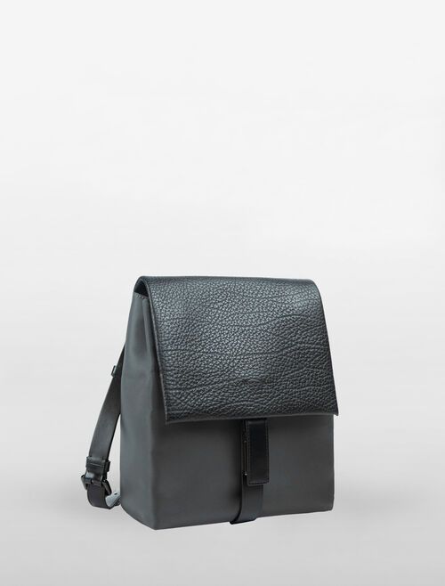 CALVIN KLEIN ENGINEERED NYLON LARGE BACKPACK