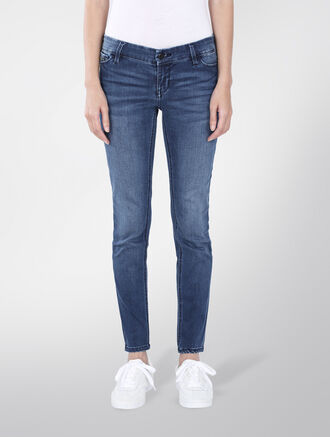 CALVIN KLEIN LOW RISE SKINNY ANKLE JEANS - SATIN MID