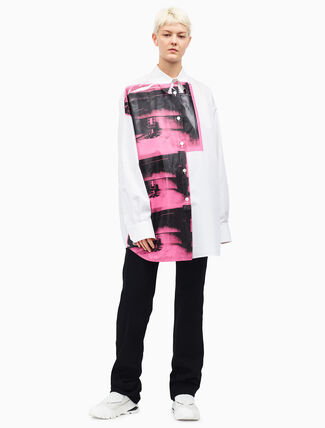 CALVIN KLEIN oversized little electric chair shirt