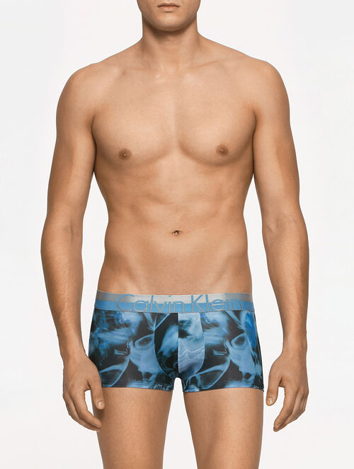 CALVIN KLEIN MAGNETIC MINERALS LOW RISE TRUNK