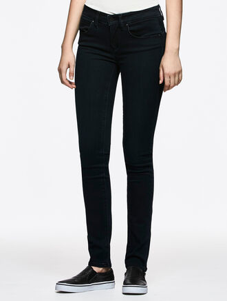 CALVIN KLEIN PEACHED SATEEN WASH BODY FIT HIGH RISE JEANS
