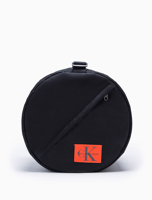 CALVIN KLEIN SPORT ESSENTIALS DRUM BAG
