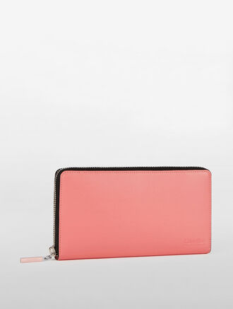 CALVIN KLEIN WOMENS CLASSIC TRAVEL ZIPPER WALLET