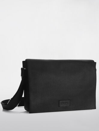 CALVIN KLEIN ENGINEERED BUSINESS CITY MESSENGER BAG