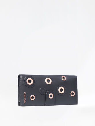 CALVIN KLEIN DISC EMBELLISHMENT PULL OUT LONG WALLET