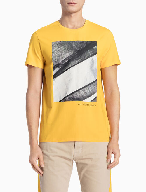 CALVIN KLEIN PHOTO APPLIQUE SHORT-SLEEVE TEE