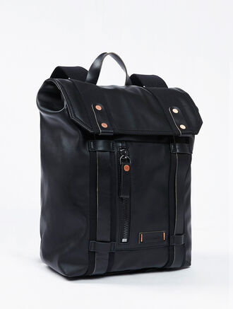 CALVIN KLEIN ACCELERATION FLAP OVER BACKPACK