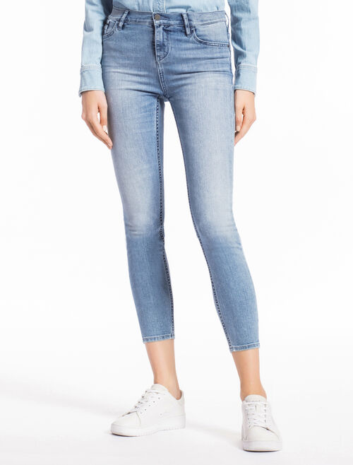 CALVIN KLEIN AIRY LIGHT STRAIGHT SKINNY JEANS