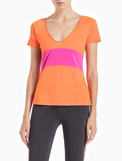 CALVIN KLEIN SCOOP BACK SHORT-SLEEVE TEE WITH BOLD COLOR BLOCK