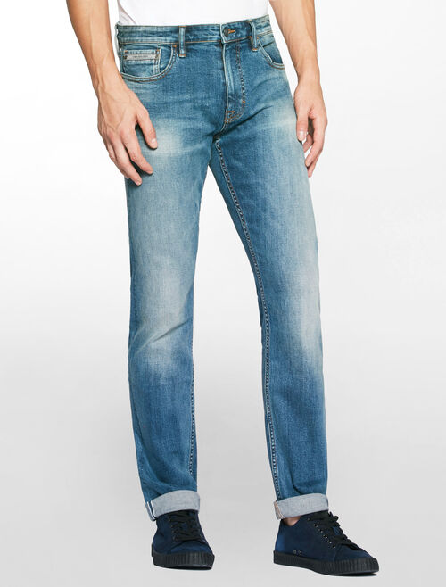 CALVIN KLEIN PEPPERY SELVEDGE SLIM STRAIGT JEANS