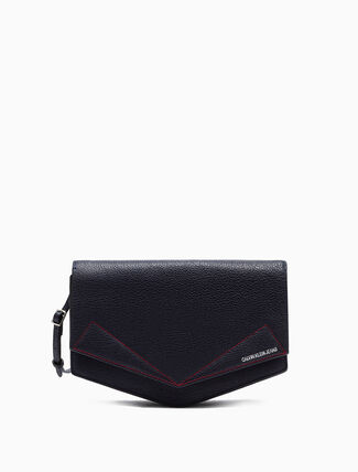 CALVIN KLEIN MEDIUM CROSSBODY SADDLE BAG