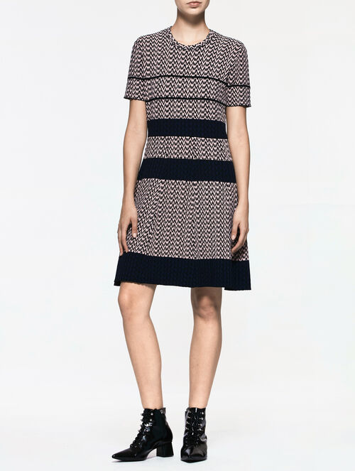 CALVIN KLEIN SMOOTH TOUCH VISCOSE RIBBED JACQUARD S/S DRESS