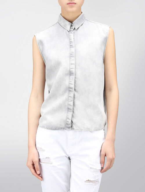 CALVIN KLEIN SLEEVELESS DENIM SHIRT