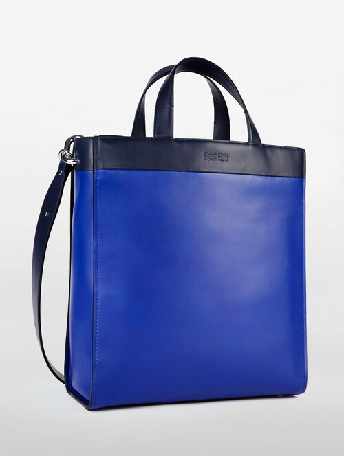 CALVIN KLEIN ENGINEERED CASUAL MEDIUM TOTE COLORBLOCK