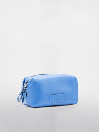 CALVIN KLEIN MEDIUM DOPP KIT