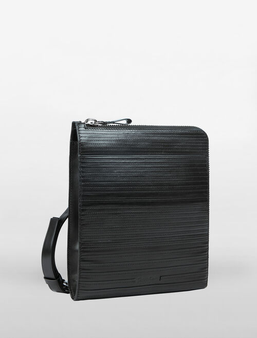 CALVIN KLEIN ENGINEERED CASUAL CROSSBODY BAG