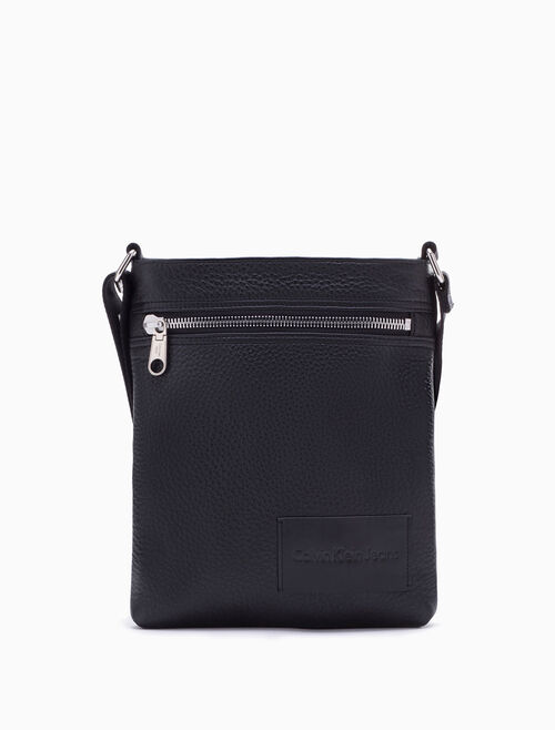 CALVIN KLEIN PEBBLE ESSENTIALS CROSSBODY FLAT PACK