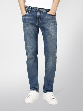 CALVIN KLEIN STRAIGHT FIT JEANS