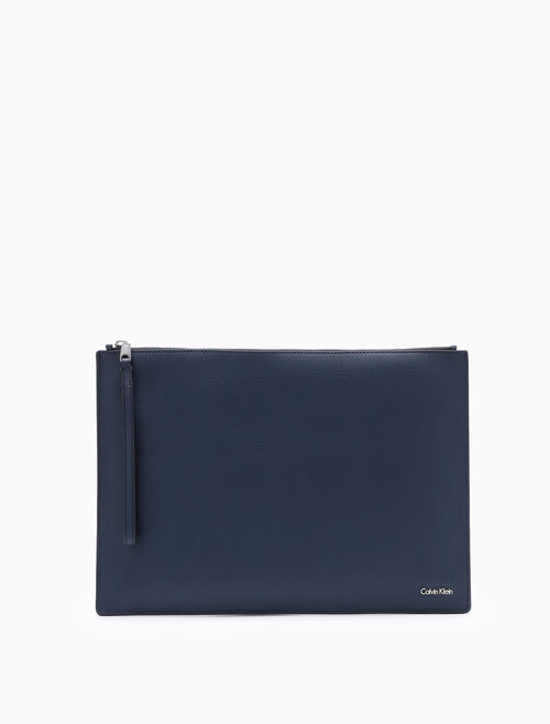CALVIN KLEIN AIDEN LARGE TRAVEL POUCH