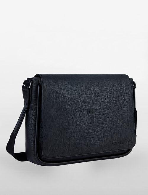 CALVIN KLEIN MAGNIFIED EDGE MESSENGER