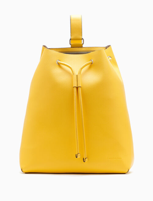 CALVIN KLEIN ULTRA LIGHT XL BUCKET BAG