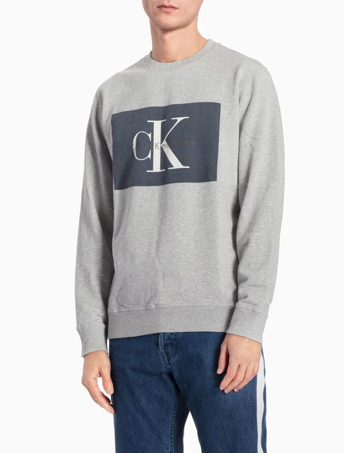 CALVIN KLEIN LOGO SWEATSHIRT IN REGULAR FIT