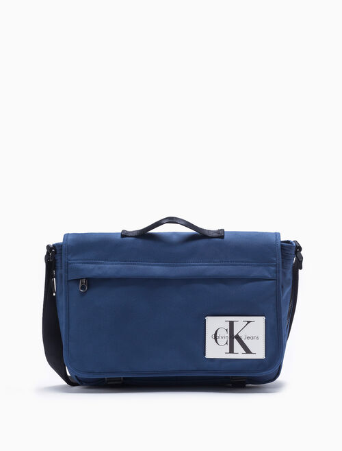 CALVIN KLEIN SPORT ESSENTIALS LARGE MESSENGER BAG