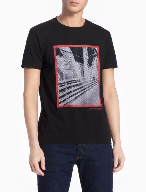CALVIN KLEIN スリムフィット フォトグラフィックプリント T シャツ