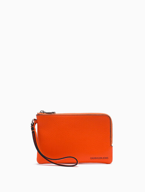 CALVIN KLEIN Pebble Grain Mini Wristlet