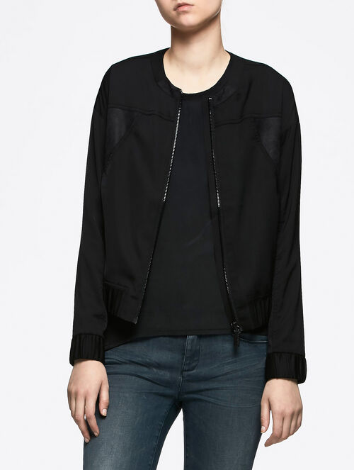 CALVIN KLEIN LIGHT WEIGHT BOMBER JACKET
