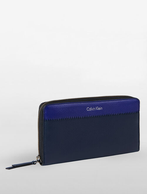 CALVIN KLEIN BICOLOR SOFT LONG ZIP AROUND WALLET