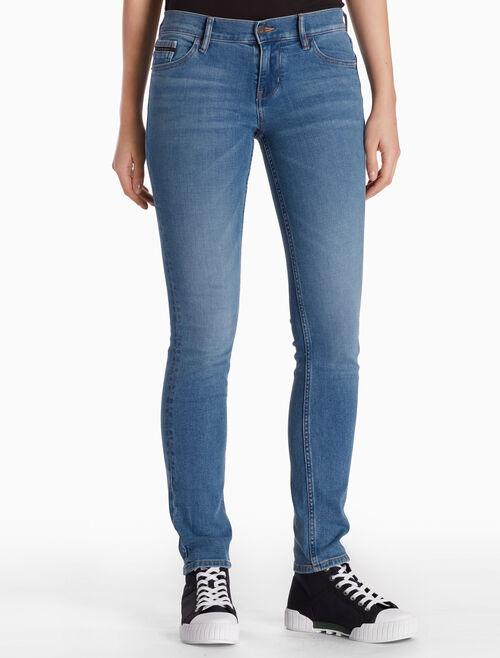 CALVIN KLEIN ISOLATION BLUE 直筒緊身牛仔褲