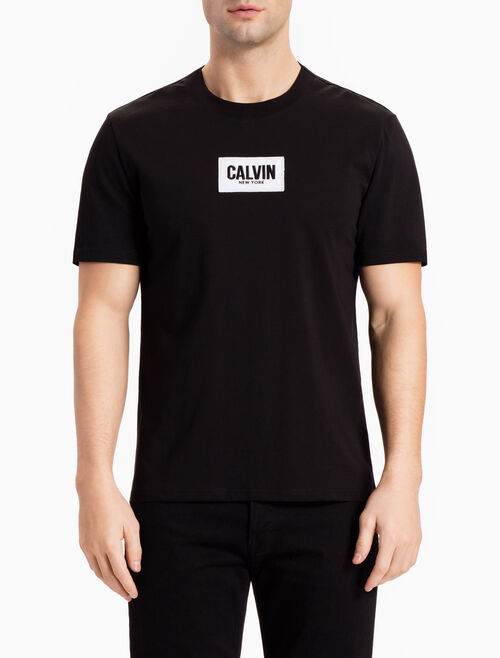 CALVIN KLEIN LOGO BADGE SHORT-SLEEVE TEE